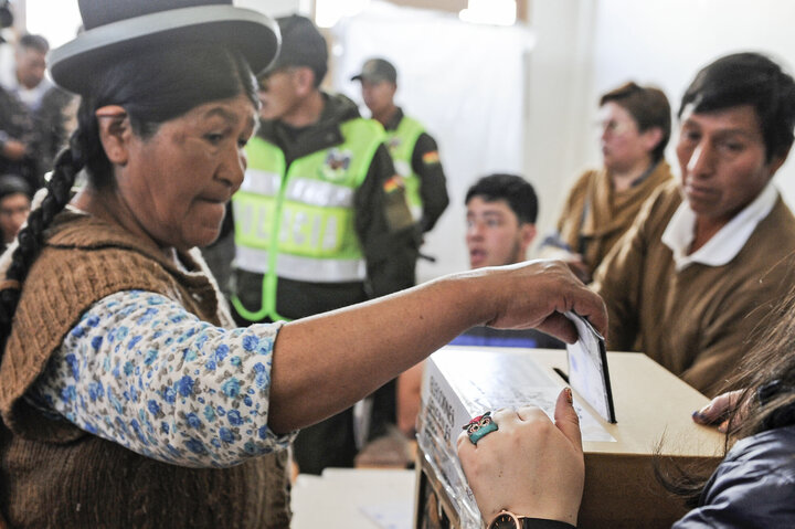 ¿Cómo amenaza a Bolivia la posible victoria de un candidato proestadounidense?