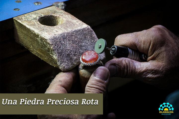 Una Piedra Preciosa Rota