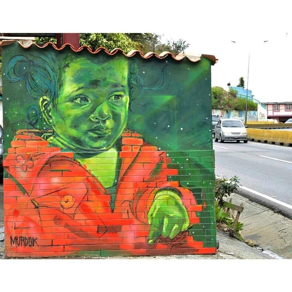 GALERÍA TIERRA VIVA. Julio Linares. Binario Style 2019. Spry y pintura de aceite sobre pared.