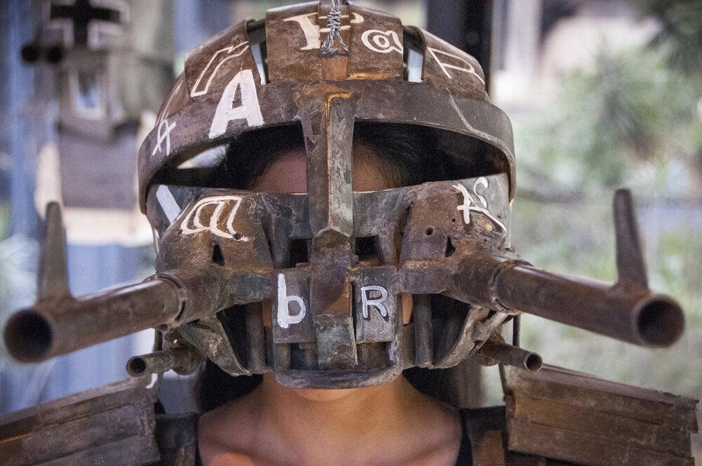 BIENAL DEL SUR. Máscaras para disparar palabras. Gabriel López. II Bienal del Sur. Museo de Arte Contemporáneo de Caracas Armando Reverón, 2019
