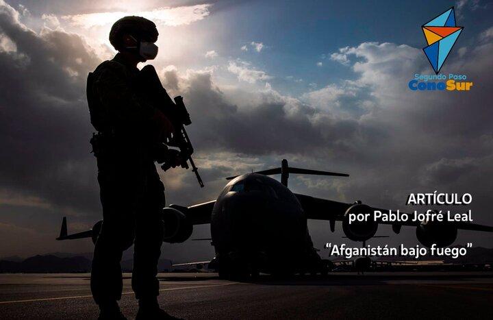 Afganistán bajo fuego